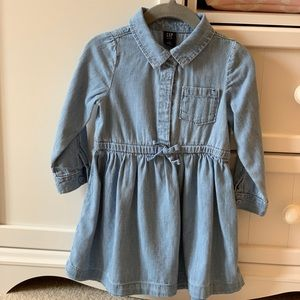 GAP Dresses - NWOT GAP Toddler Girl Denim Dress, Size 2T